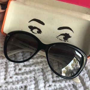 Kate Spade sunglasses with case